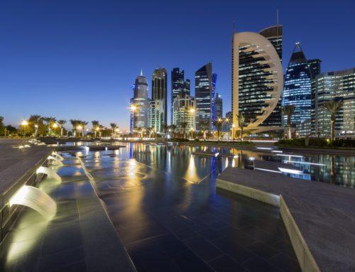 Le Qatar, avec l'aval du gouvernement, privatise nos hôpitaux et nos universités : une externalisation à moindre coût !