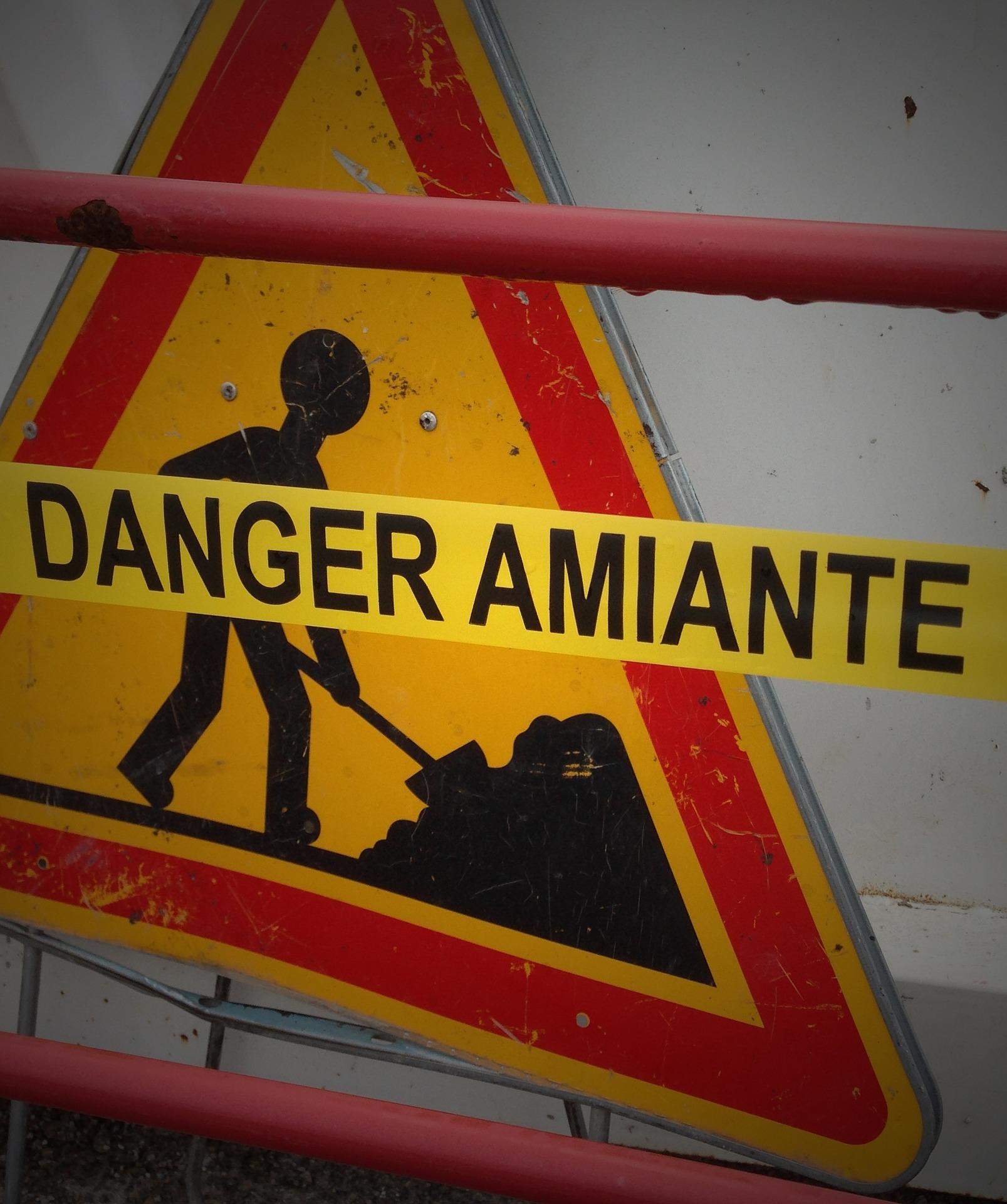 panneau danger amiante